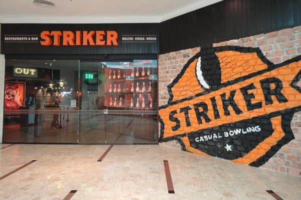 Boliche Striker